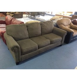 Sofa w queen bed / green