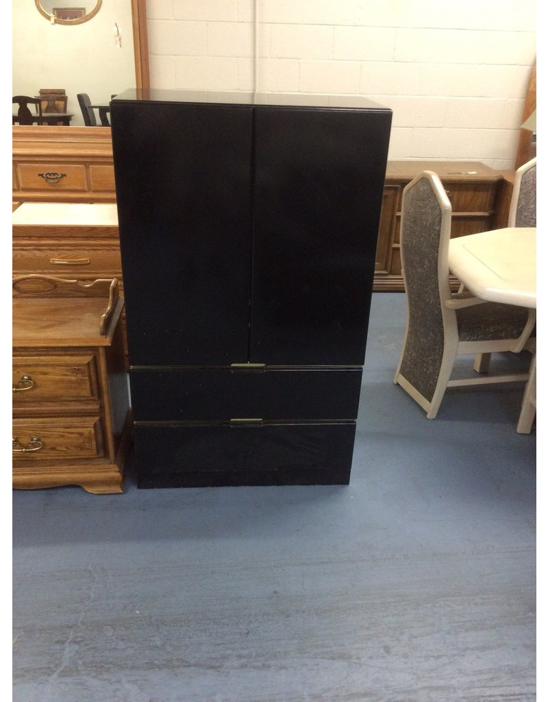 Clothes armoire / black n gold
