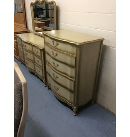 5 drawer chest / goldish