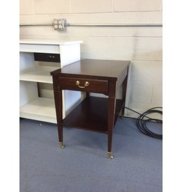 End table /  1 drawer on wheels
