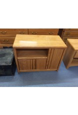 Small TV stand / oak