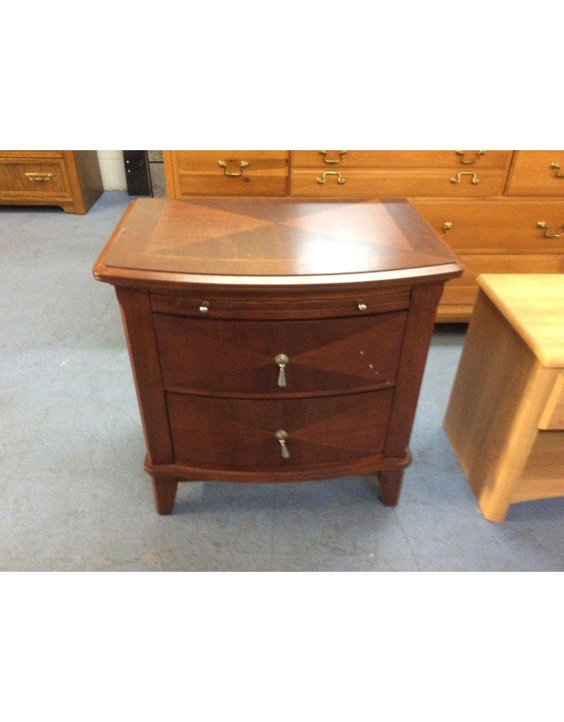 2 drawer nightstand / cherry