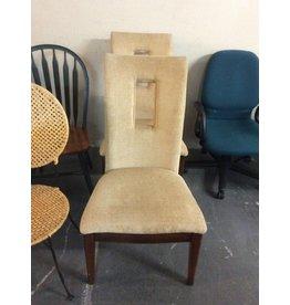 Pair chairs / cream