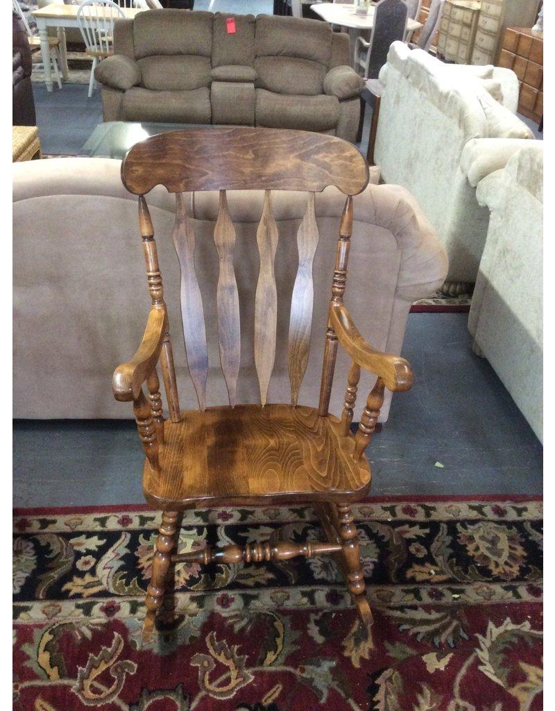 Rocking chair / dark