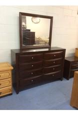 8 drawer dresser / cherry w mirror