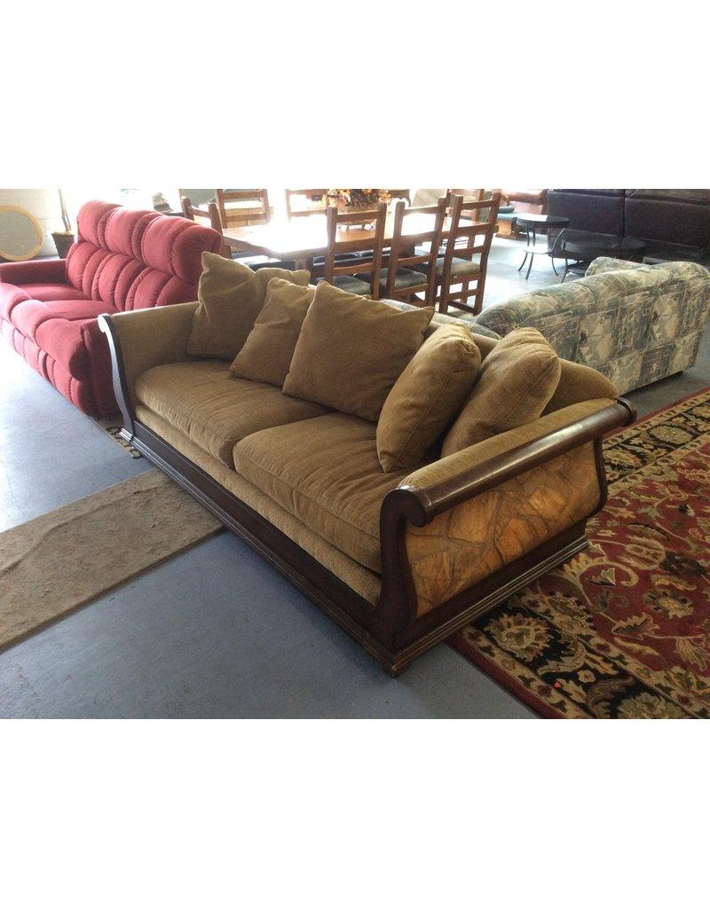 Sofa / brown tweed n wood