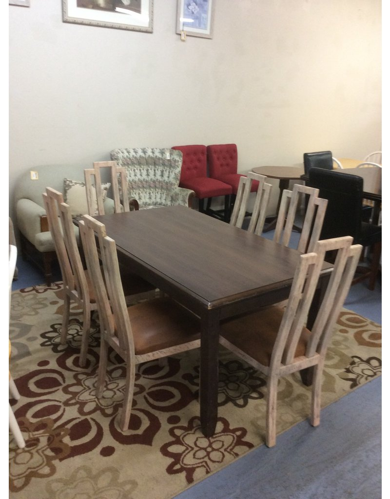 7 piece dinette / brown padded