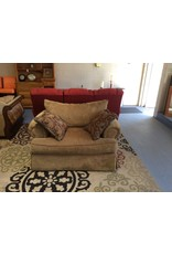 Oversized chair / brown tweed