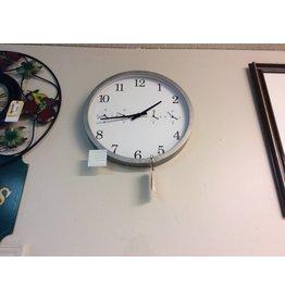 Hanging clock multi time zones