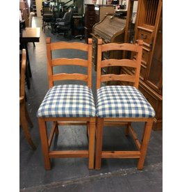 Pair barstools / blue