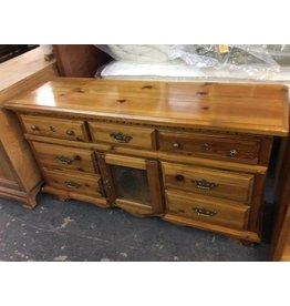 7 drawer dresser w/ 1 door pine and glass