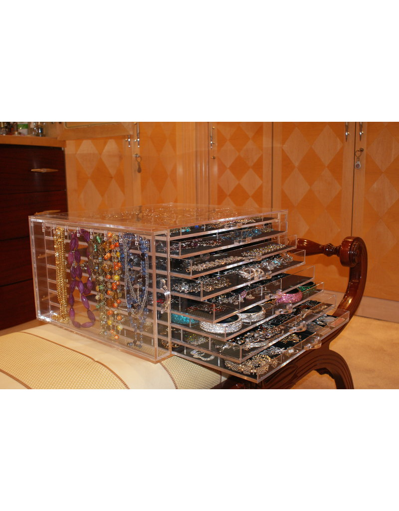 ULT0001 - Ultimate Acryllic Jewellery Organiser