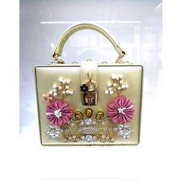 40241327 - Gold Box Clutch Bag