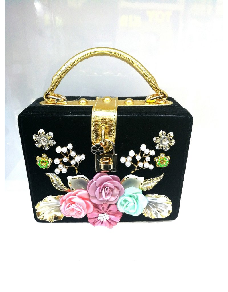40241324 - Black Square Floral Clutch Bag