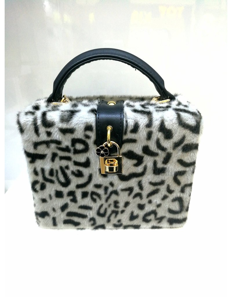 40241337 - Grey Leopard Fur Box Clutch Bag