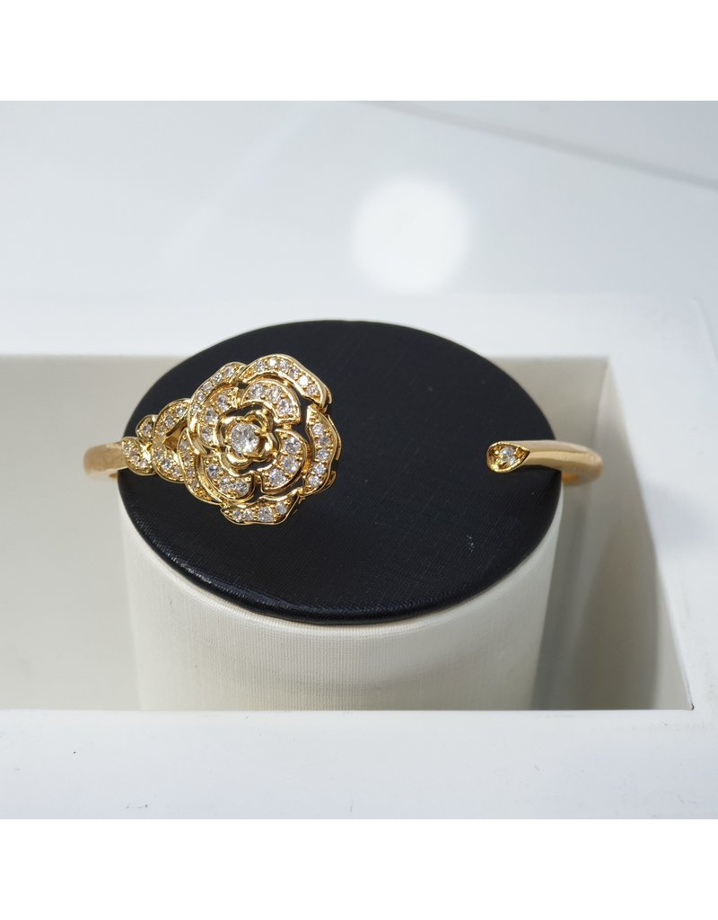 C119 - Gold Bangle