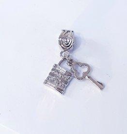 50311827 - Lock and Key Charm