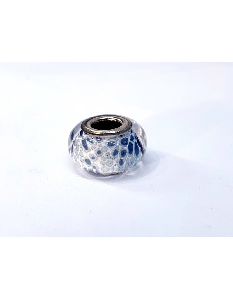 50313447 - White and grey Charm