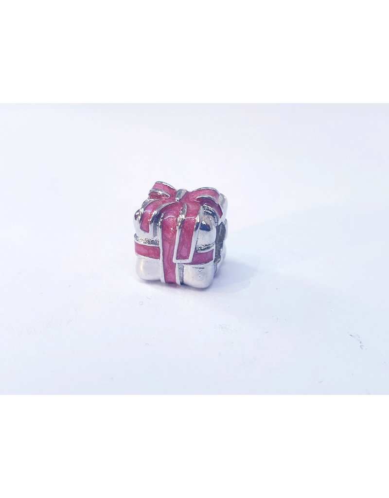 50313483 - Silver and Pink Gift Box
