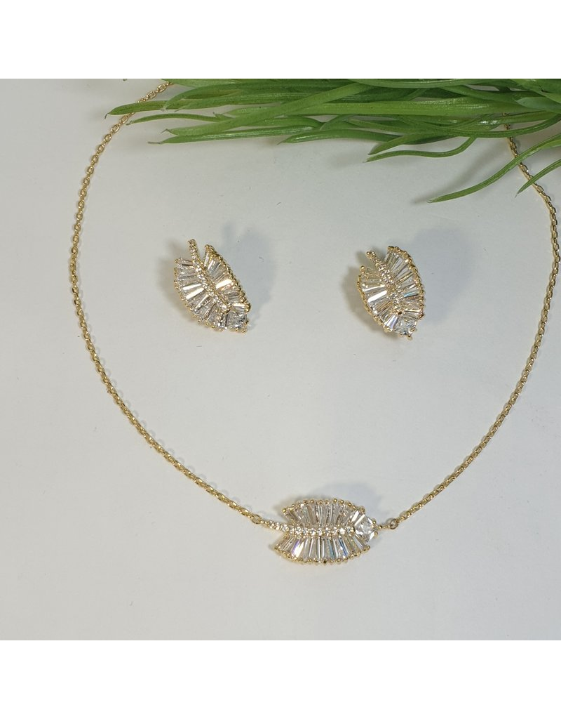 CSC0008 - Gold, Leaf Necklace Set