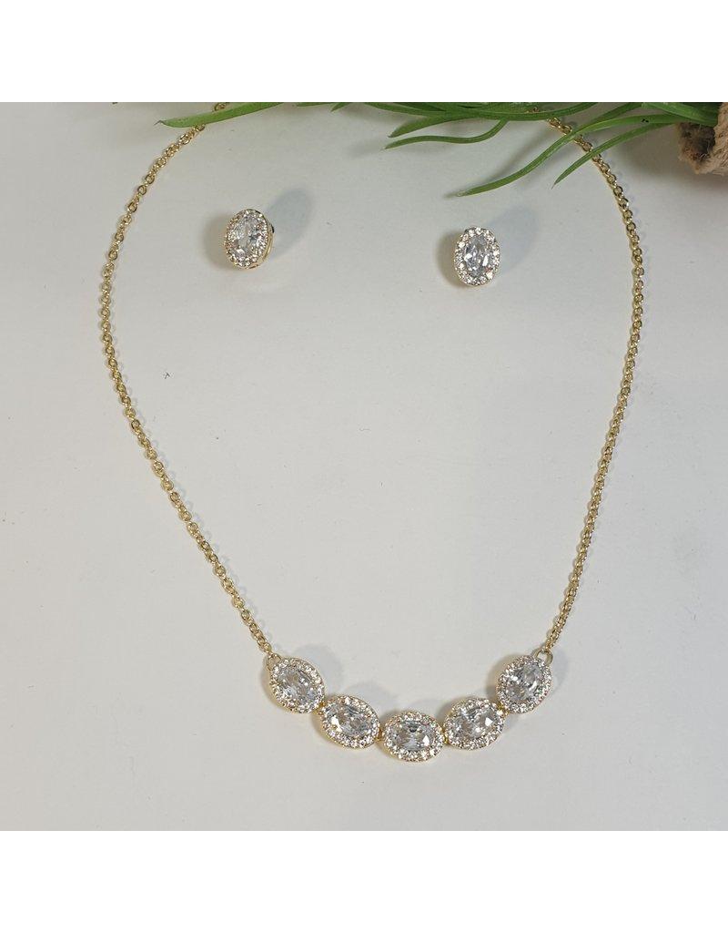 CSC0014 - Gold, Oval Diamond Necklace Set