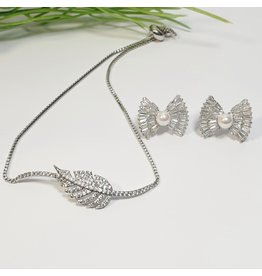 GSA0033-Silver, Bow Crystal Earring With Pearl with LEAF ADJUSTABLE BRACELET
