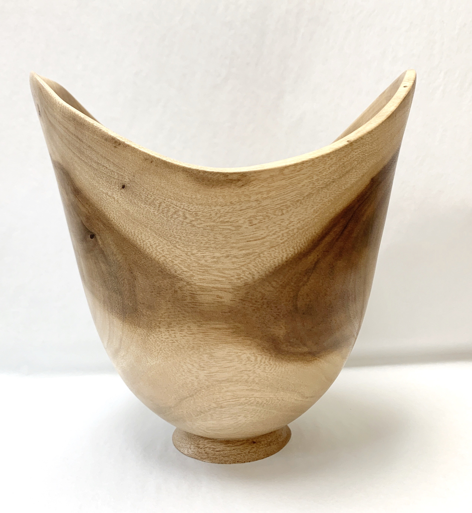 "Aaron Hammer #2052 KOU NATURAL EDGE APPROX 6.75""X7"""