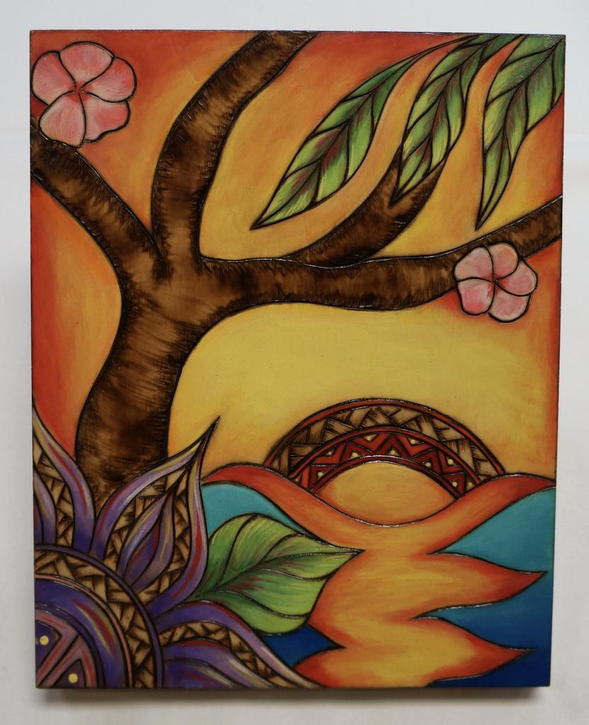 "AG37 Hawaii Creations WOODBURNED & HANDPAINTED WALL PLAQUE: PURPLE FLOWER SUN (APPROX. 8"" X 10"")"