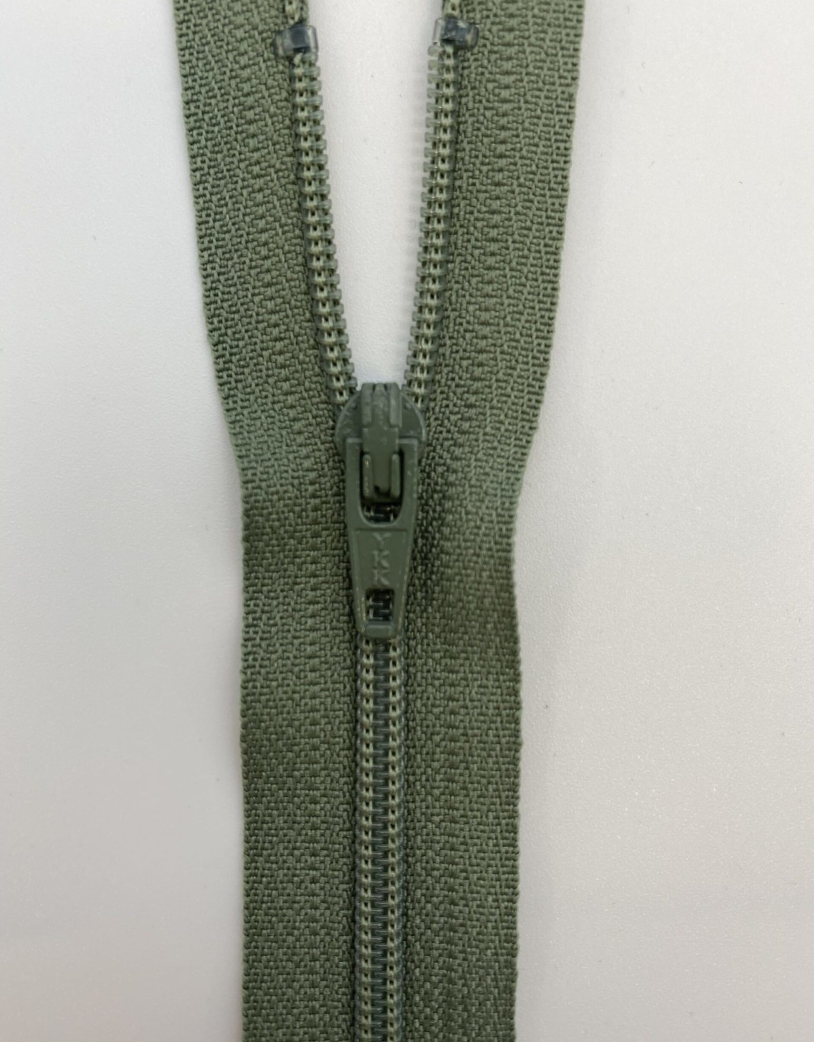 Auto Lock Zip 9 inch