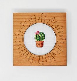 """Handcrafted Decorative Embroidery Frame 6"""""""