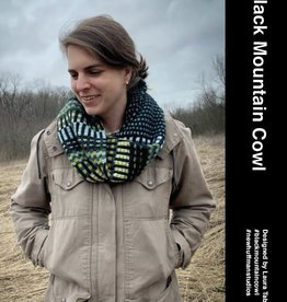 New Huffman Studios Black Mountain Cowl Kit - with pattern