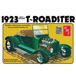 AMT AMT1130 1923 FORD MODEL T ROADSTER 1/25