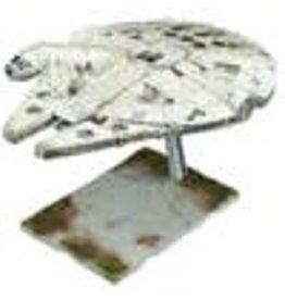 BANDAI BAN219770 STARWARS MILLENNIUM FALCON 1/144 SCALE