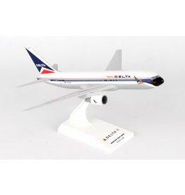 SKYMARKS SKR910 1/200 B767-200 DELTA AIRLINES