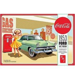 AMT AMT1146M 1/25 1953 FORD VICTORIA HARDTOP W/ COKE MACHINE