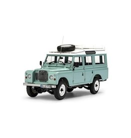 REVELL RMX854498 1/24 SCALE LAND ROVER SERIES 3 109