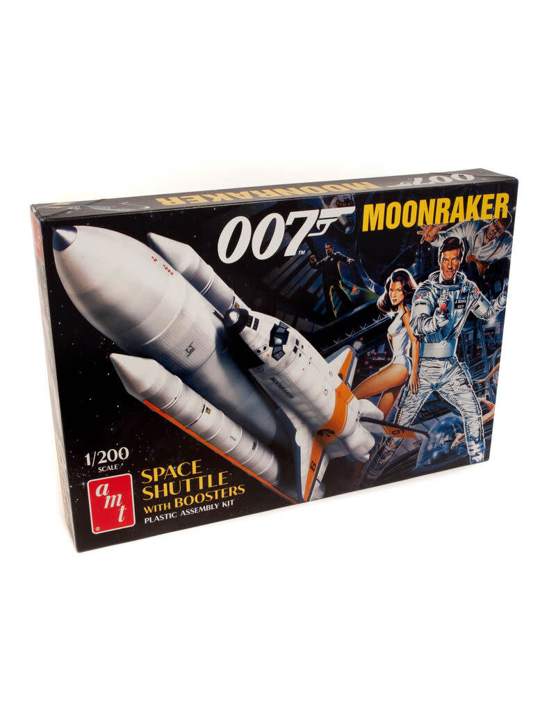 AMT AMT1208 1/200 MOONRAKER SHUTTLE W/BOOSTERS JAMES BOND