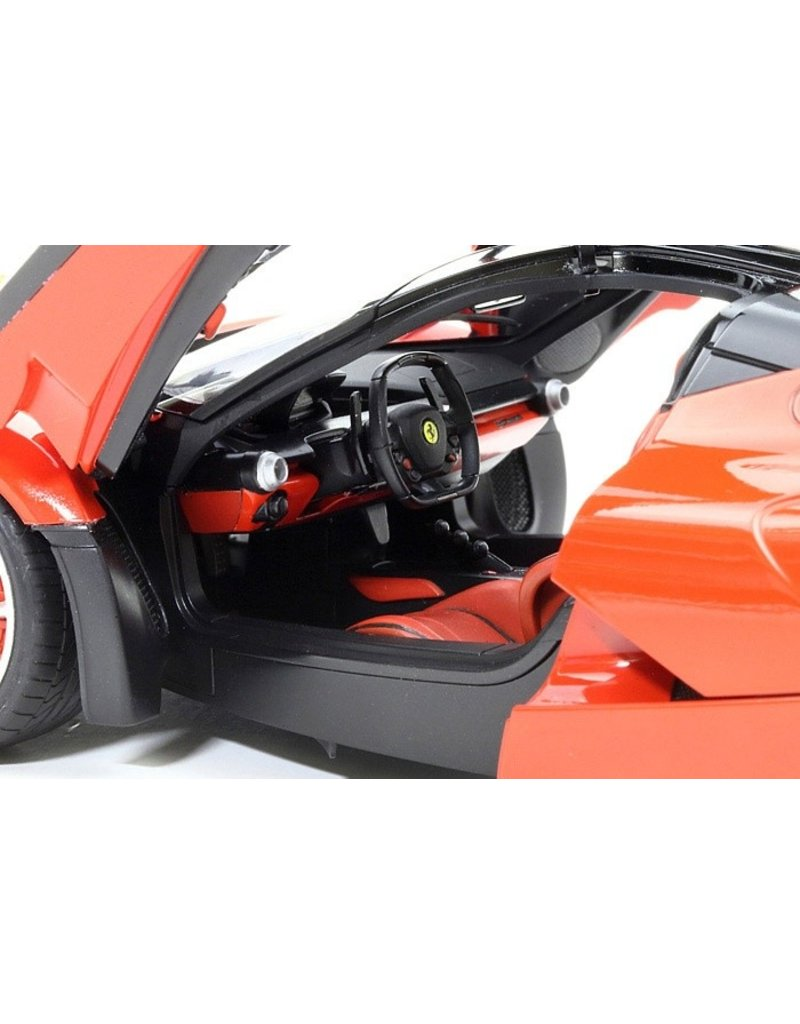 TAMIYA TAM24333 1/24 LAFERRARI PLASTIC MODEL KIT
