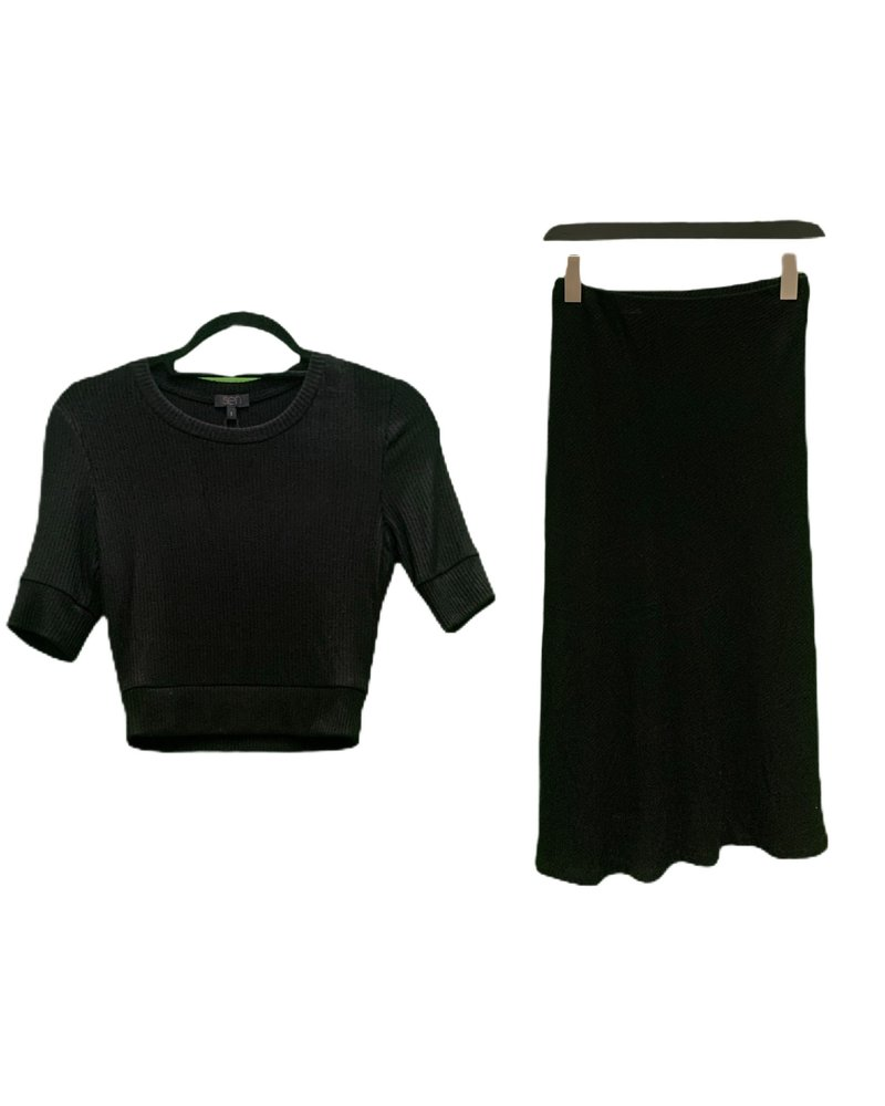 SEN Lotus Crop Top Black S20