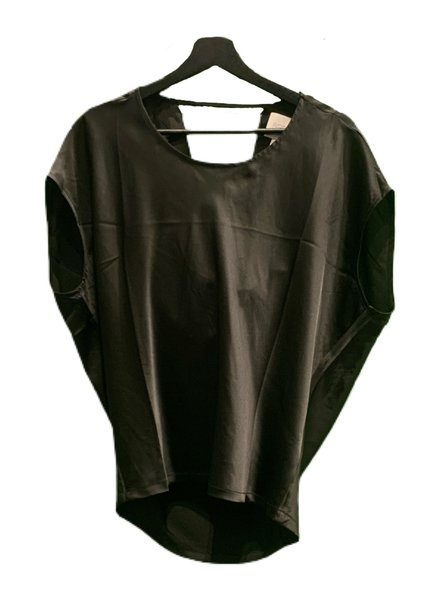 SEN Mabel Short Sleeves Top Drap Black S20