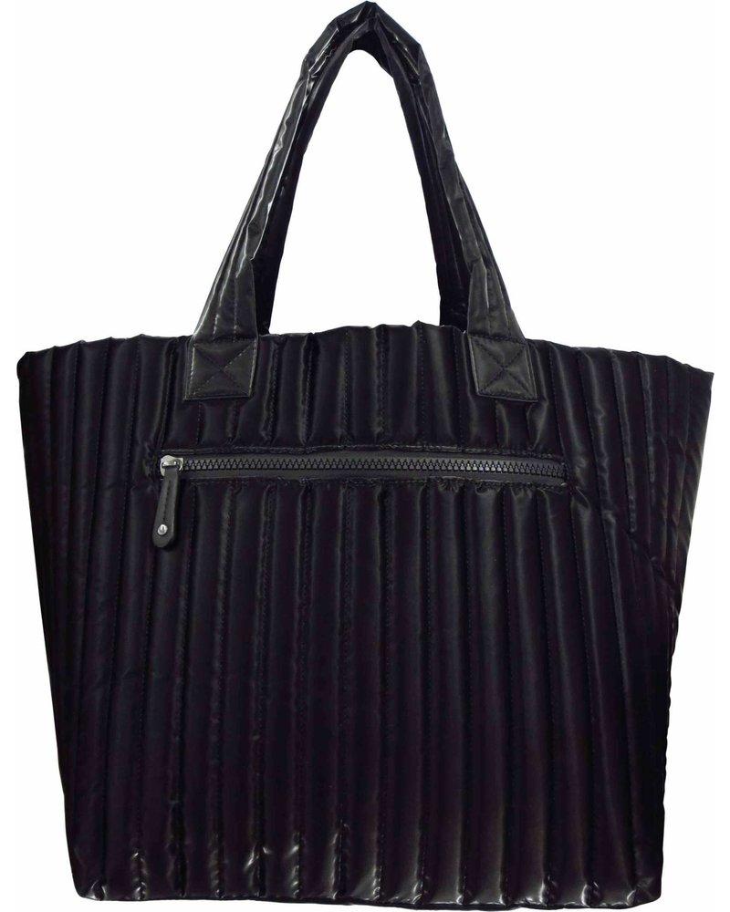 Sondra Roberts Large Puffer Horizontal Quilt Black 5796