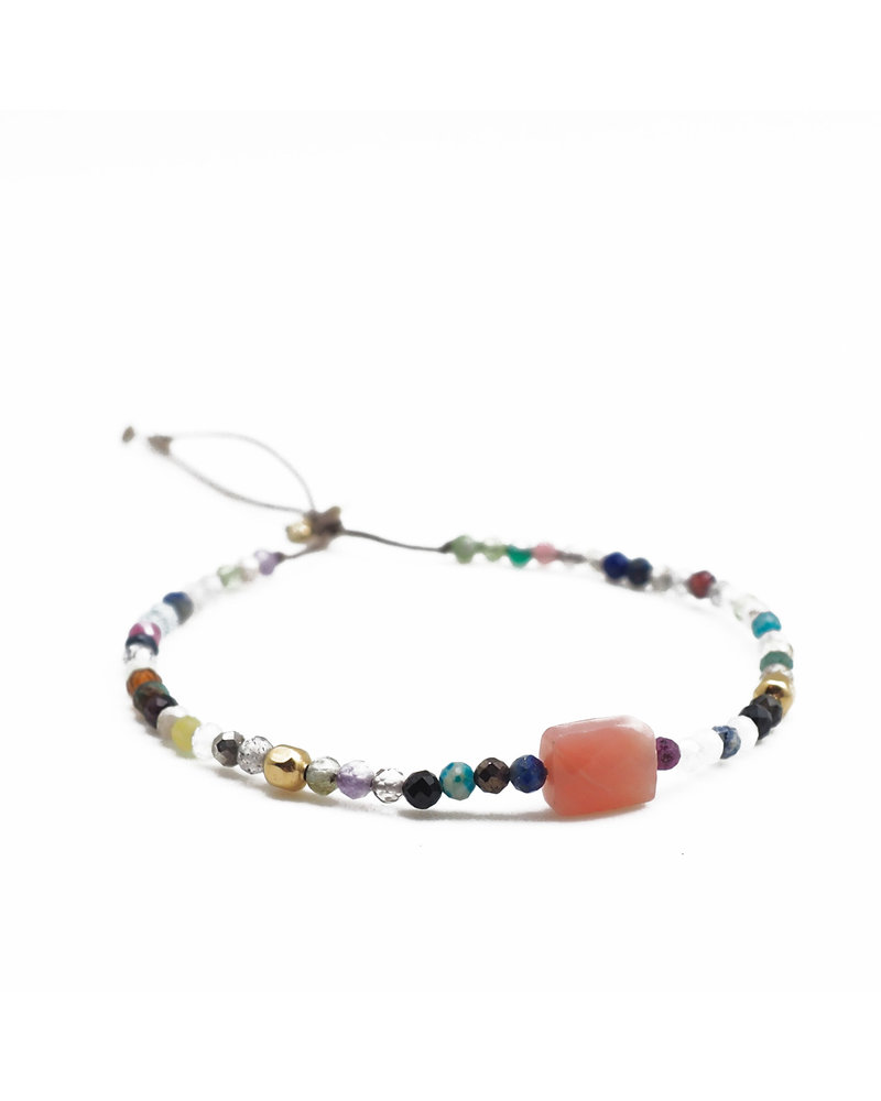 By Johanne ART5362 Earth - 1 pink opal stone and all over agate stones cord bracelet