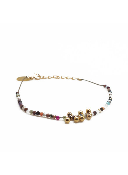 By Johanne ART4608 Earth - 7 gold plated mini bells and all over agate stones cord bracelet