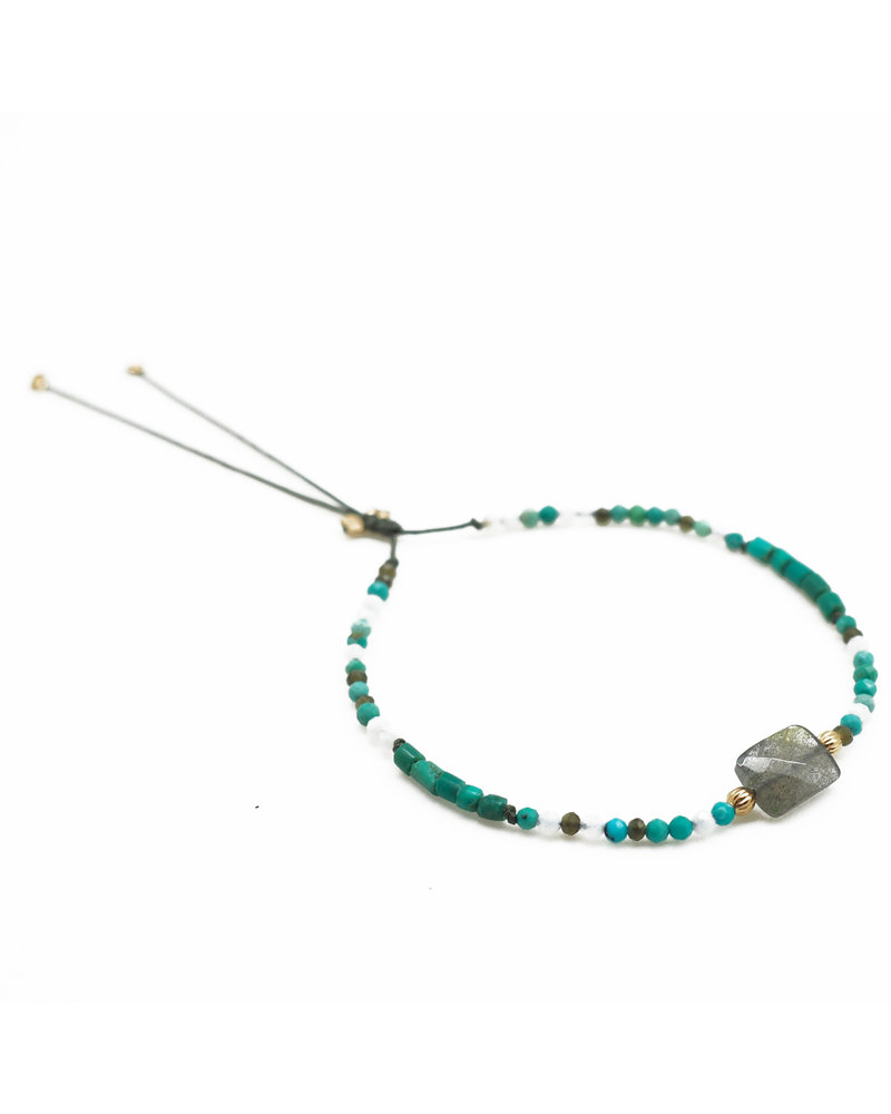 By Johanne ART5831 Super Green - 1 labradorite stone and all over blue lace, khaki cat's eye, turquoise pipe and turquoise stones cord bracelet