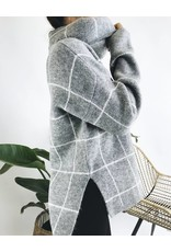 Oversized Turtleneck with Check Detail