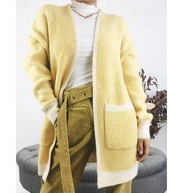 Cardigan épais en tricot à bordures côtelées blanches