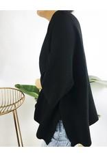 Pull surdimensionné en maille côtelée avec fentes latérales - Noir