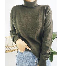 Pull col roulé classique en tricot