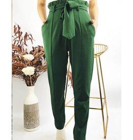 Pantalon fluide taille haute avec coutures décoratives