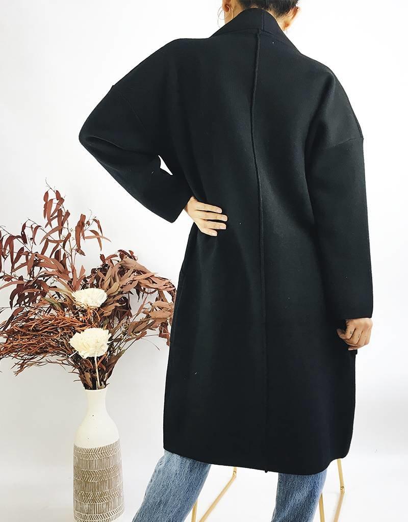 Manteau pull long à revers